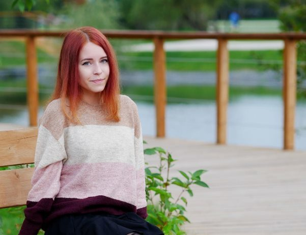 стримерша Елизавета Оленева